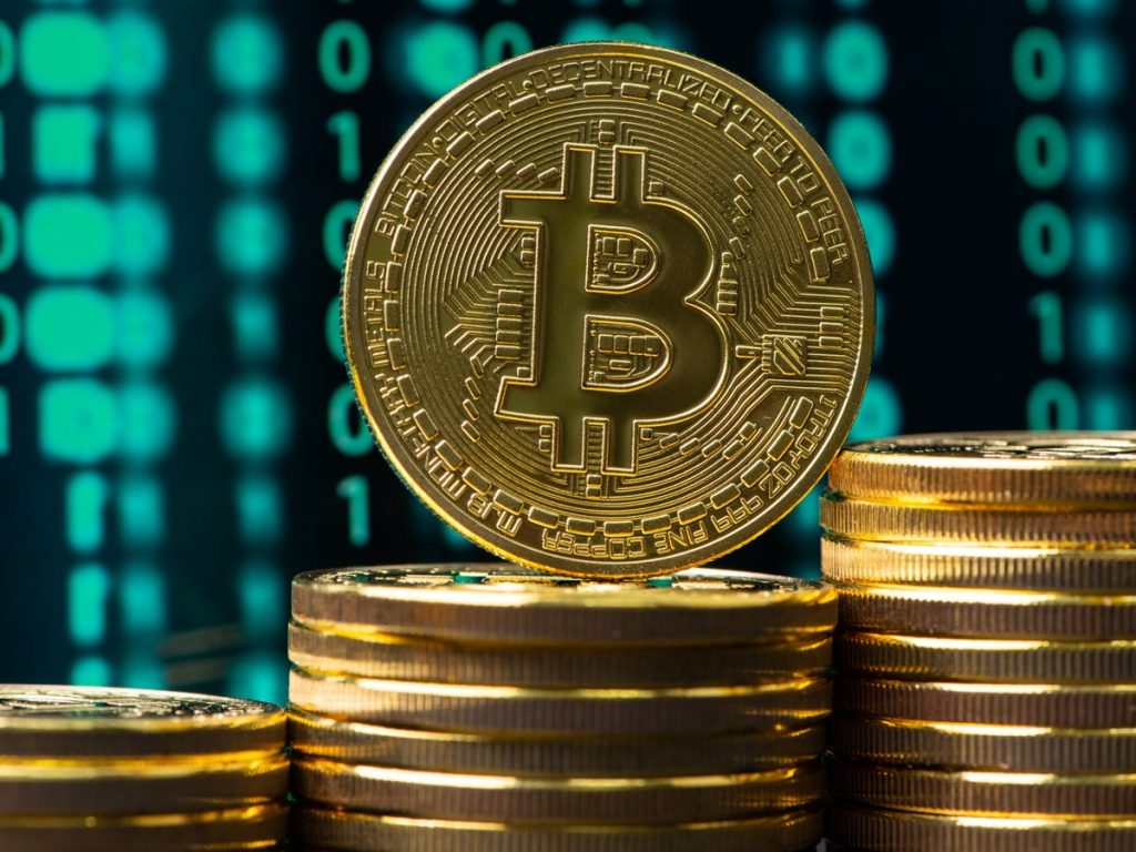 Bitcoin: there is money in the mud